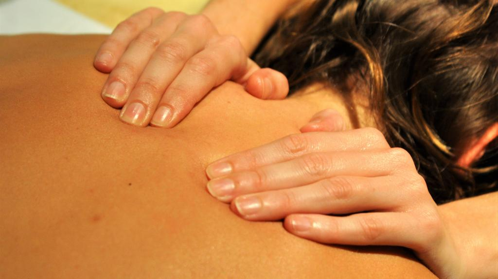 Everything You Need To Know About A Californian Massage