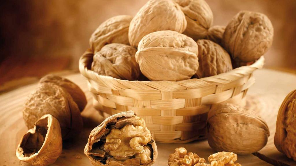 The Benefits Of Eating Walnuts For Slimming