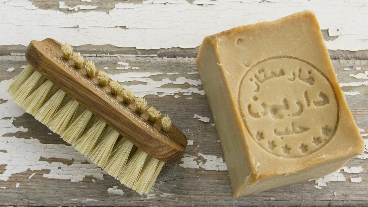 Aleppo Soap: All Its Properties For Face And Hair