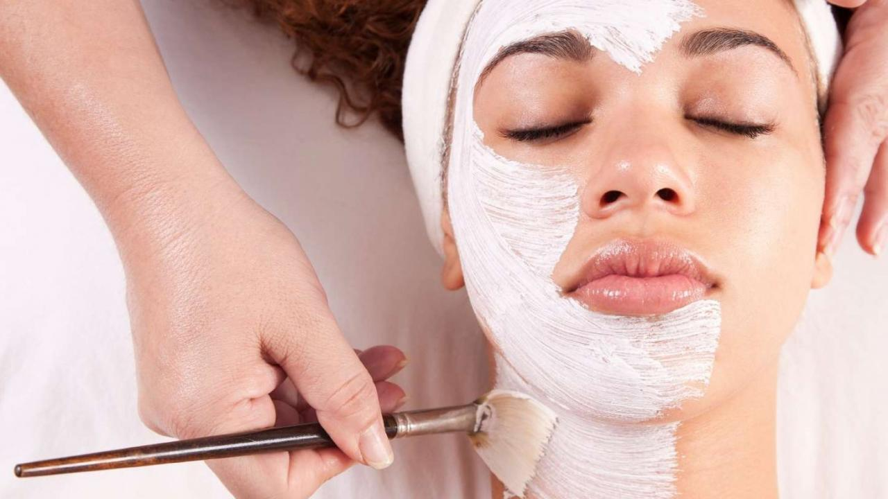 Blackhead Masks: 10 Natural Ingredients To Get Rid Of Spots