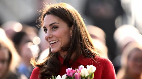 This Is The Real Reason Kate Middleton Never Lets Go Of Her Handbag