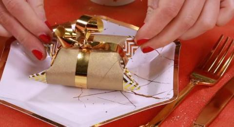 Make Your Own Gift Wrap Using A Loo Roll