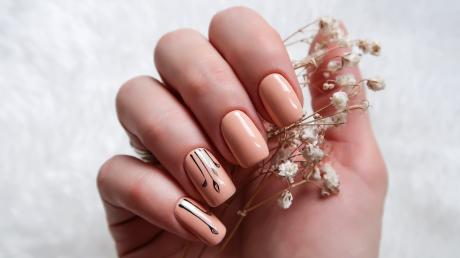 This Is The Perfect Nail Art For You - According To Your Star Sign