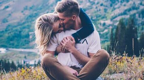 Top 5 Tricks To Reignite The Flame And Break The Routine In Your Relationship