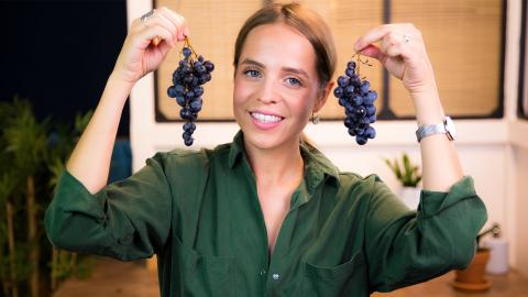 DIY Beauty: Make Your Own Grape Facial Lotion And Body Scrub