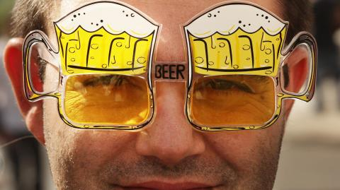 Mexican Parliament Member To Sell Warm Beer To Fight Alcoholism