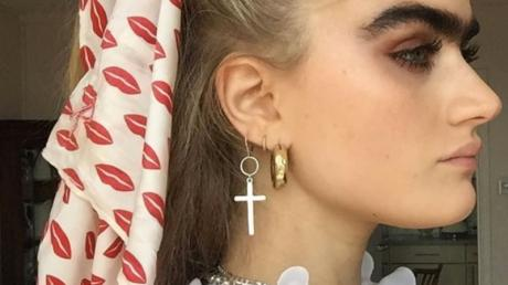 This Model Gets Sent Death Threats Because Of Her Eyebrows