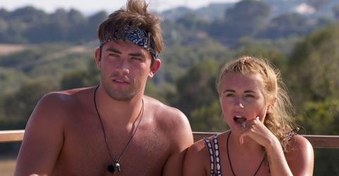 Do These Photos Prove This Love Island Couple Is On The Rocks Already!?