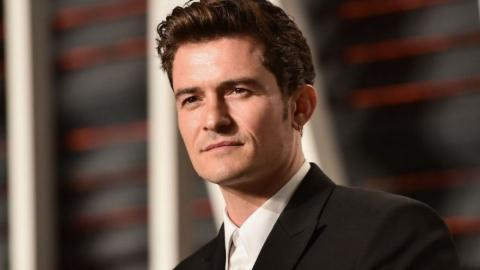 Arachnophobes: Don't Look! Orlando Bloom Proudly Shows Off A Spider He Caught… Whilst Naked