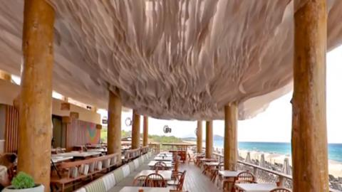 This Stunning Restaurant Has A Ceiling Like No Other