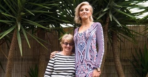 You Won't Believe How Long This Woman's Legs Are