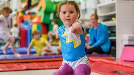 This Little Girl Is A Quadruple Amputee - And She's Stunning Everyone With Her Gymnastics Skills