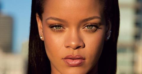 This Woman Bears An INCREDIBLE Resemblance To Rihanna