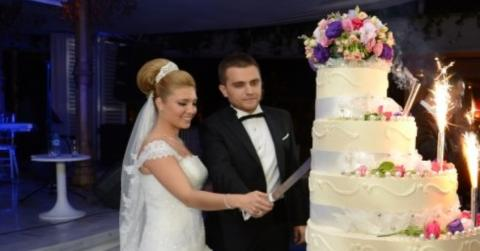After Seeing This Wedding Video, Thousands Of People Are Advising This Bride To Get A Divorce
