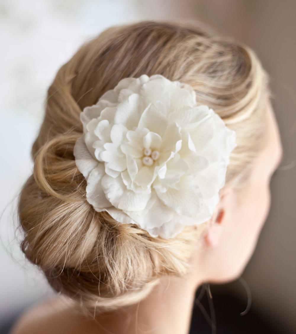Bridal Bun Hairstyle For Your Wedding