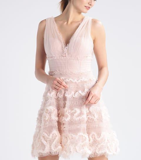cd5fb2b4f69 Beautiful Wedding Dresses For A Registry Office Marriage