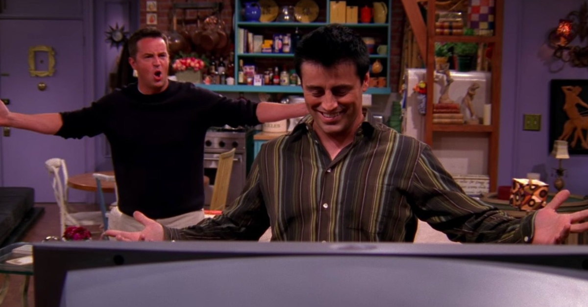 There Are Two Huge Mistakes In This Classic Joey And Chandler Scene That You'll Never Be Able To Unsee