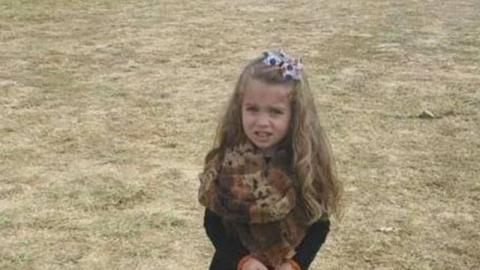 The Viral Image That's Driving The Internet Crazy, What's Going On With This Little Girl?