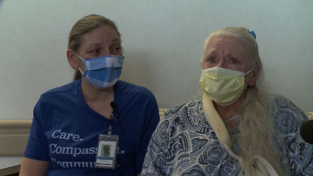 Two Sisters Were Reunited After 53 Years of Separation Thanks to the Coronavirus