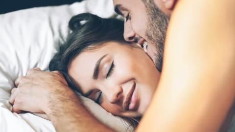 4 reasons why women simulate an orgasm