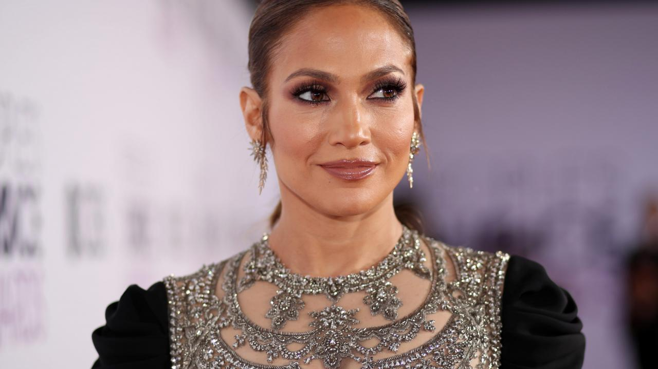 Jennifer Lopez Debuts New Single In The Morning | Lucy 93.3