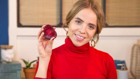 Make Your Own Beetroot-Based Beauty Products For A Gorgeous Fresh-Faced Look