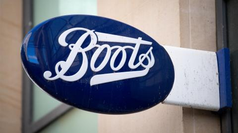 Boots is having a Black Friday sale and people are going crazy for this deal!