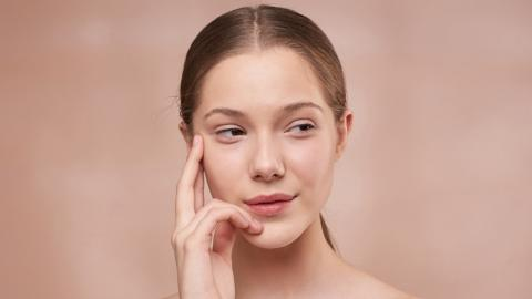 AHA or BHA: how to choose the right exfoliant for your skin