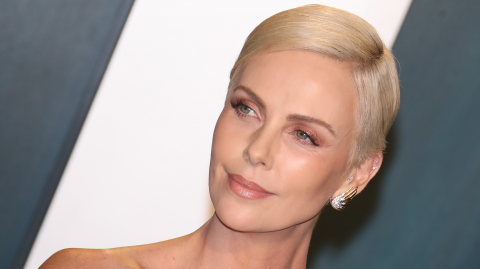 Charlize Theron Is Unrecognisable With Her Shaved Head and Grimy Face
