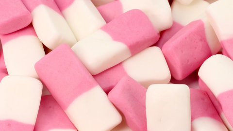 People have come up with a sneaky dishwasher trick to make dumstick squashies vodka