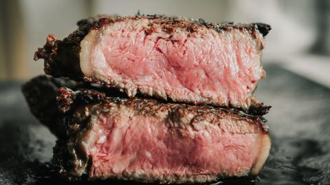 These are the 3 mistakes we all make when cooking meat