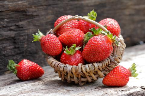 The 3 mistakes we all make when storing strawberries