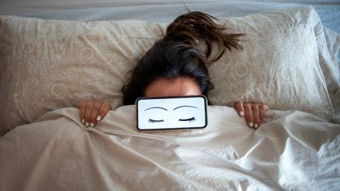Waking up an hour earlier could help cut chances of depression