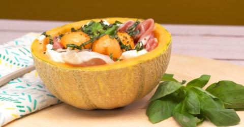 Recipe: Try This Reinvented Melon Salad With Ham And Mozzarella