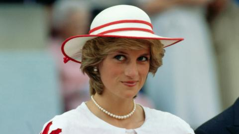 Lady Diana would be 59 this year... Here's what she might have looked like!
