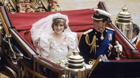 Expert reveals Princess Diana 'wanted to flee' two days before wedding to Prince Charles