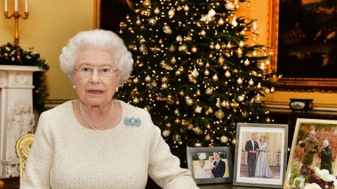 The bizarre Christmas tradition the Queen insists on perpetuating