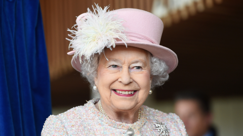 Organised and ready for responsibility? You could be the Queen's next assistant