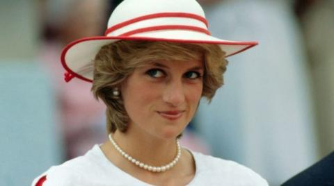 Princess Diana's supermodel niece Kitty Spencer is her spitting image
