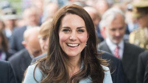 Kate Middleton self-isolates after contact with COVID-19 case