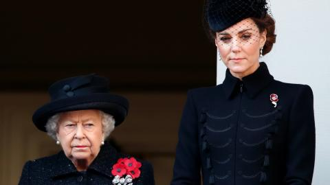 Queen supports Kate's photo project by releasing three rarely seen photos