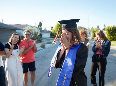 This sweet graduation photo went viral for one surprising reason