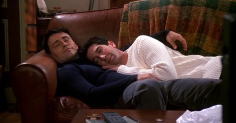 Friends Is Helping Millennials Fall Asleep And A Media Phycologist Explains How