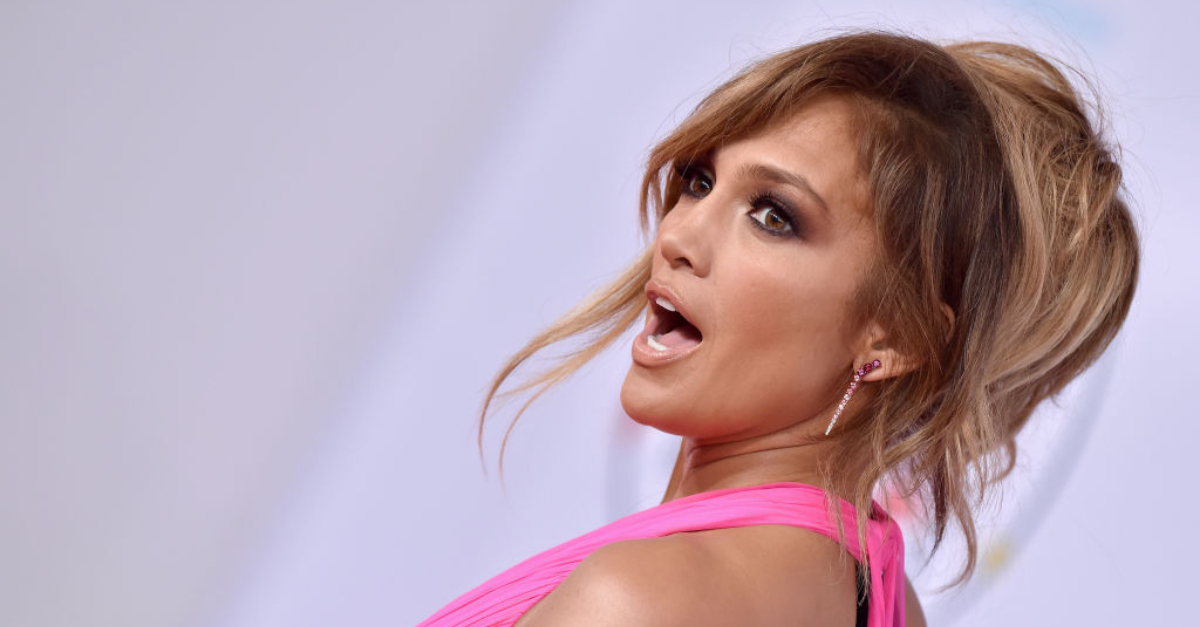 Jennifer Lopez Has Cellulite And Love Handles: Unretouched Photos Of The Singer Have Surfaced Online