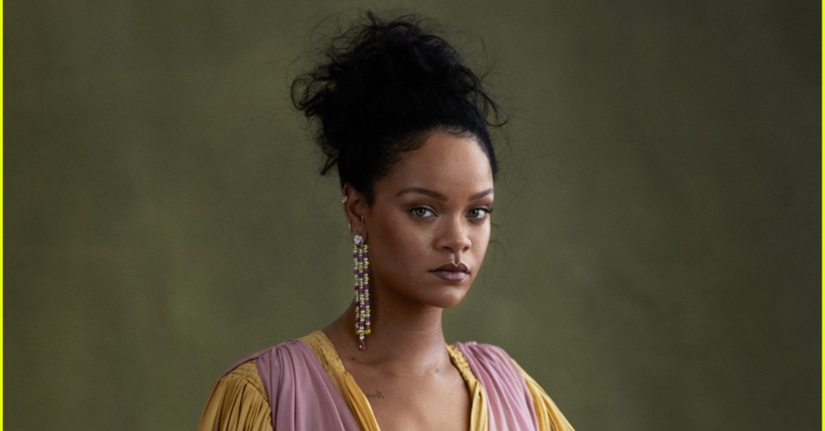 Rihanna Fans Call Out Vogue Writer For Not Preparing Questions For Her Interview With The Star